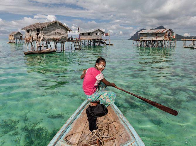 fish-sea-bajau-malaysia_82428_990x742
