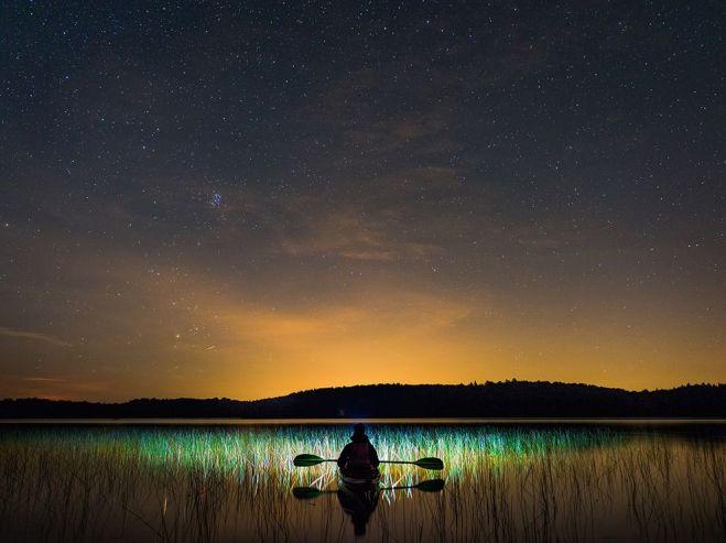 quebec-kayaking-scene_93589_990x742